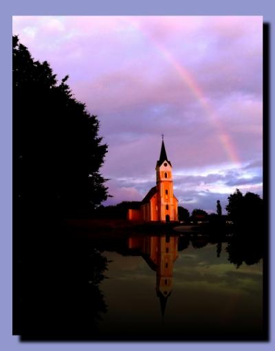 Ilustracija: Duga nad Crkvom